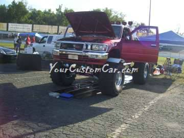 lifted Toyota Scr8pFest