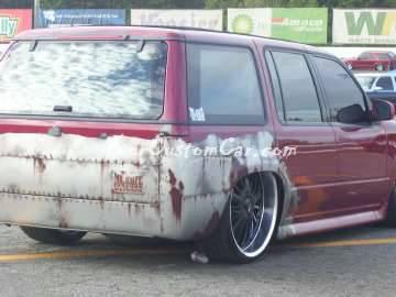 Custom Ford explorer paint Scr8pFest 11