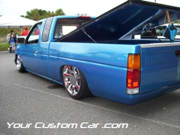 drop em wear show, car truck show, custom minitruck, custom car, custom blue nissan
