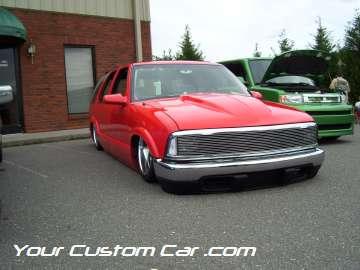 drop em wear show, car truck show, custom minitruck, custom car, custom body dropped blazer