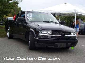 drop em wear show, car truck show, custom minitruck, custom car, custom black s-10