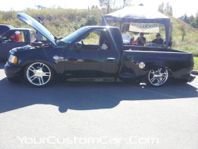 SHO Engine2011 drop em wear show, f150 on air bags