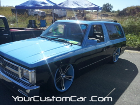 2011 drop em wear show, square body blazer