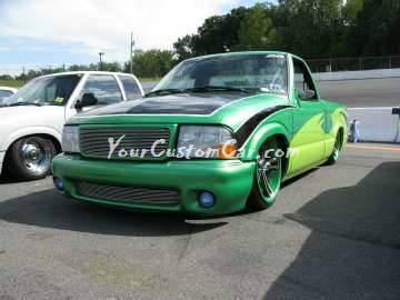 Scr8pFest 11 green minitruck