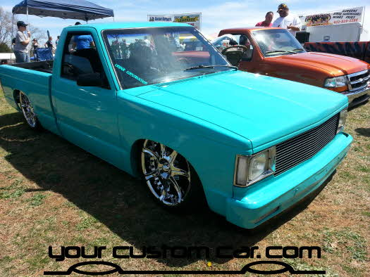 layed out at the park, 2013, yourcustomcar, truck show, car show, custom square body