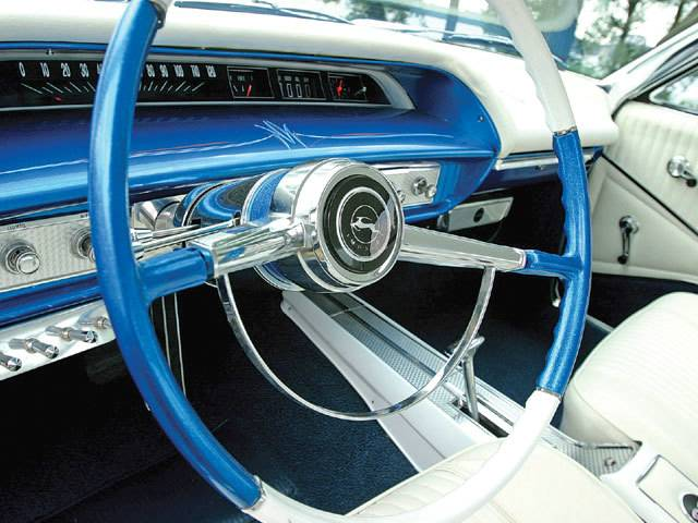 10 Wild Lowrider Car Interiors 2 - The Hog Ring | Auto Upholstery ...