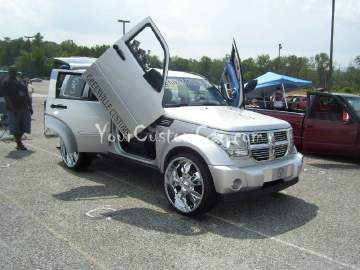 Custom Dodge Nitro