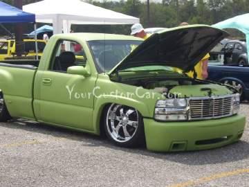 Custom Dodge Magnum