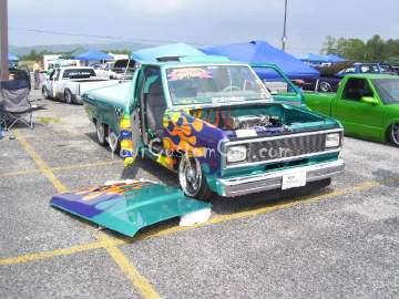 Tandem Minitruck
