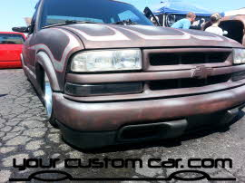 ptina s10, custom s10 on airbags, friends in low places, car show
