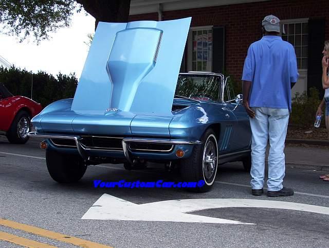 Blue Corvette Stingray