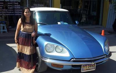 Phen and her 1966 Citroen