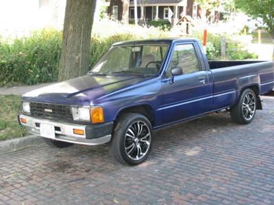 my lil 84 pickup
